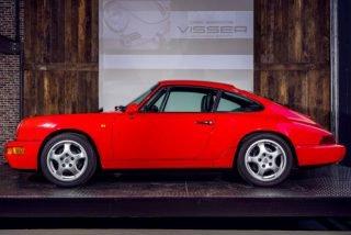 Porsche 964 Carrera 2 Coupe rood