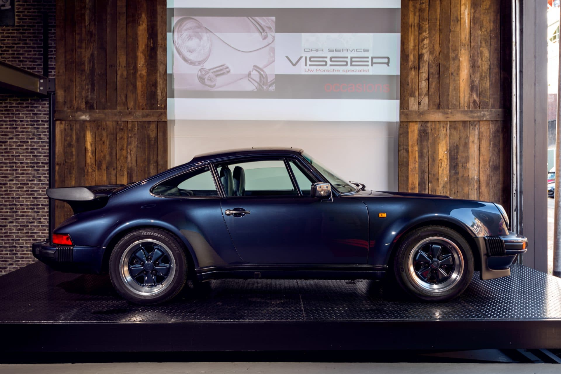 16 Porsche-930-Turbo---11
