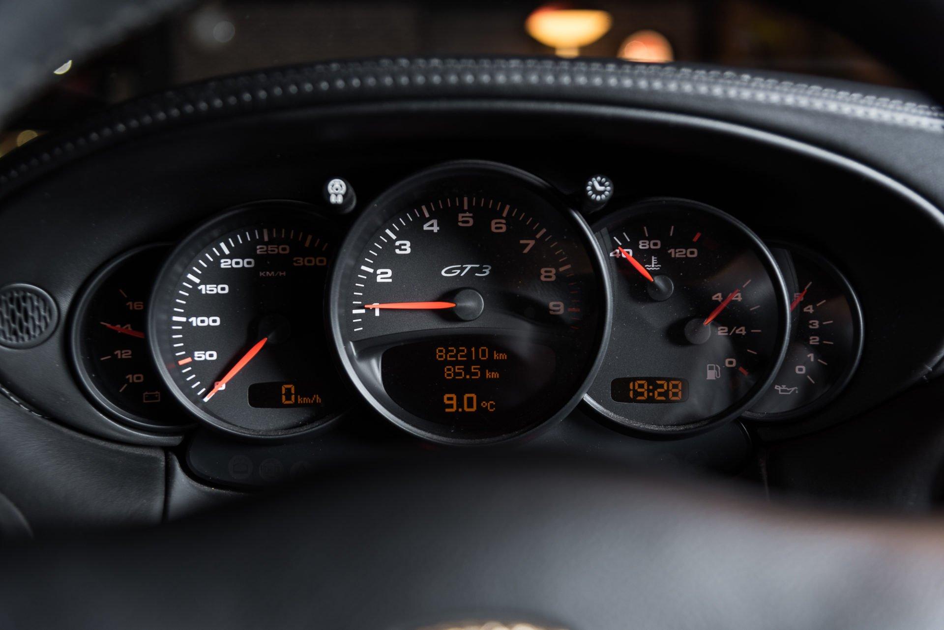 Porsche 996 GT3 Zilvergrijs - 20180314 -16