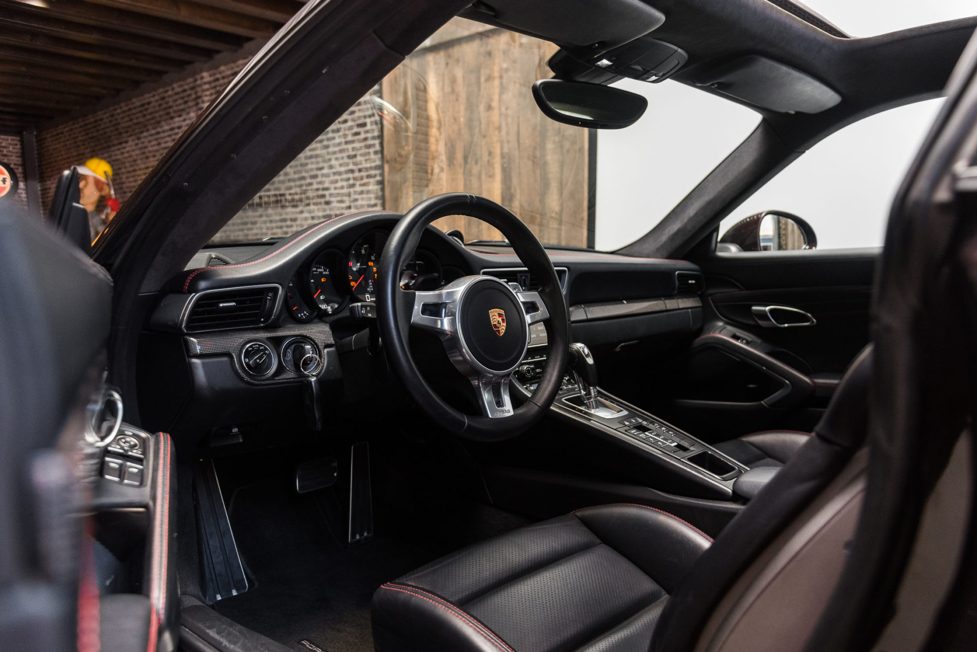Porsche 991 Carrera 4S -11
