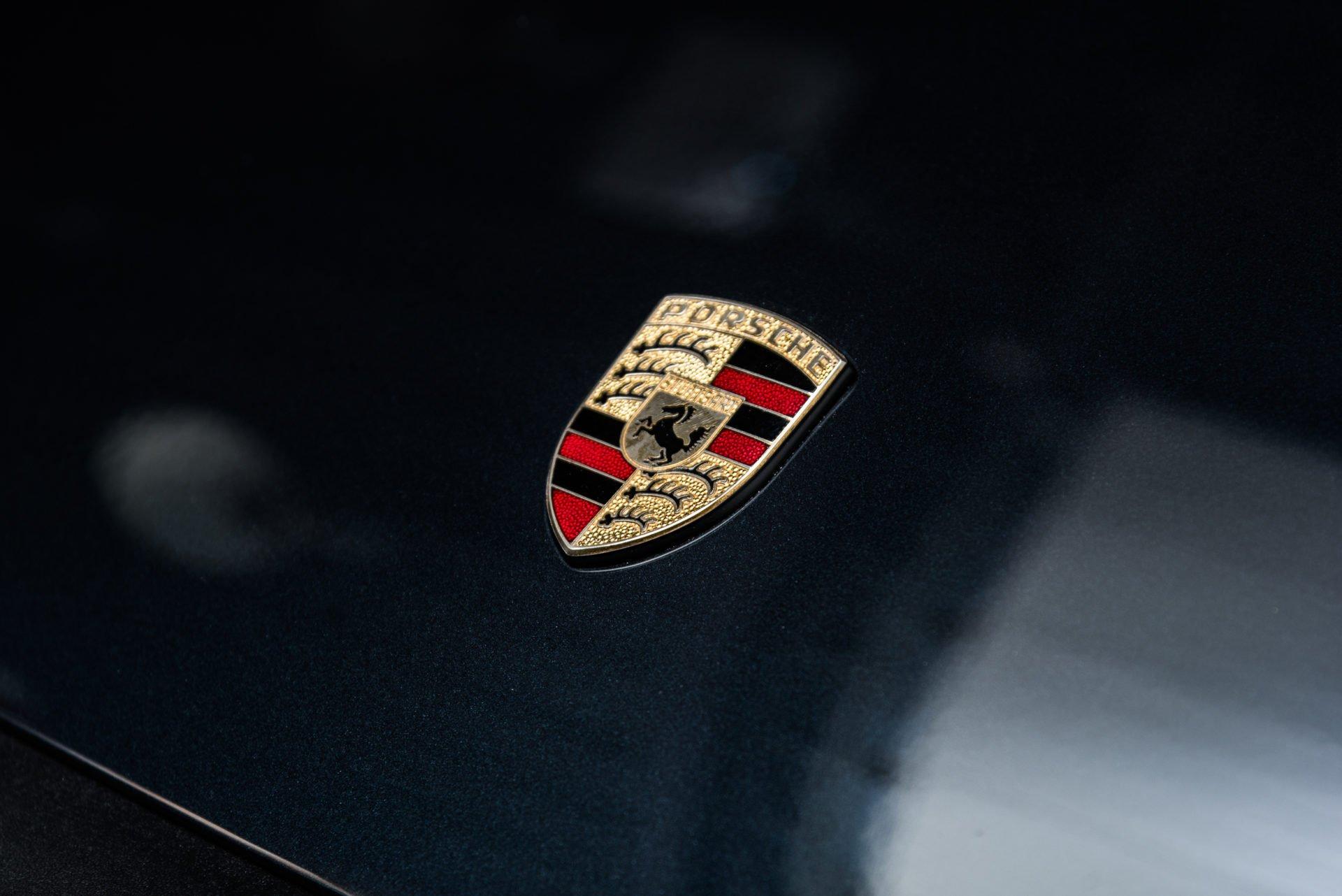 Porsche 930 Turbo - 3