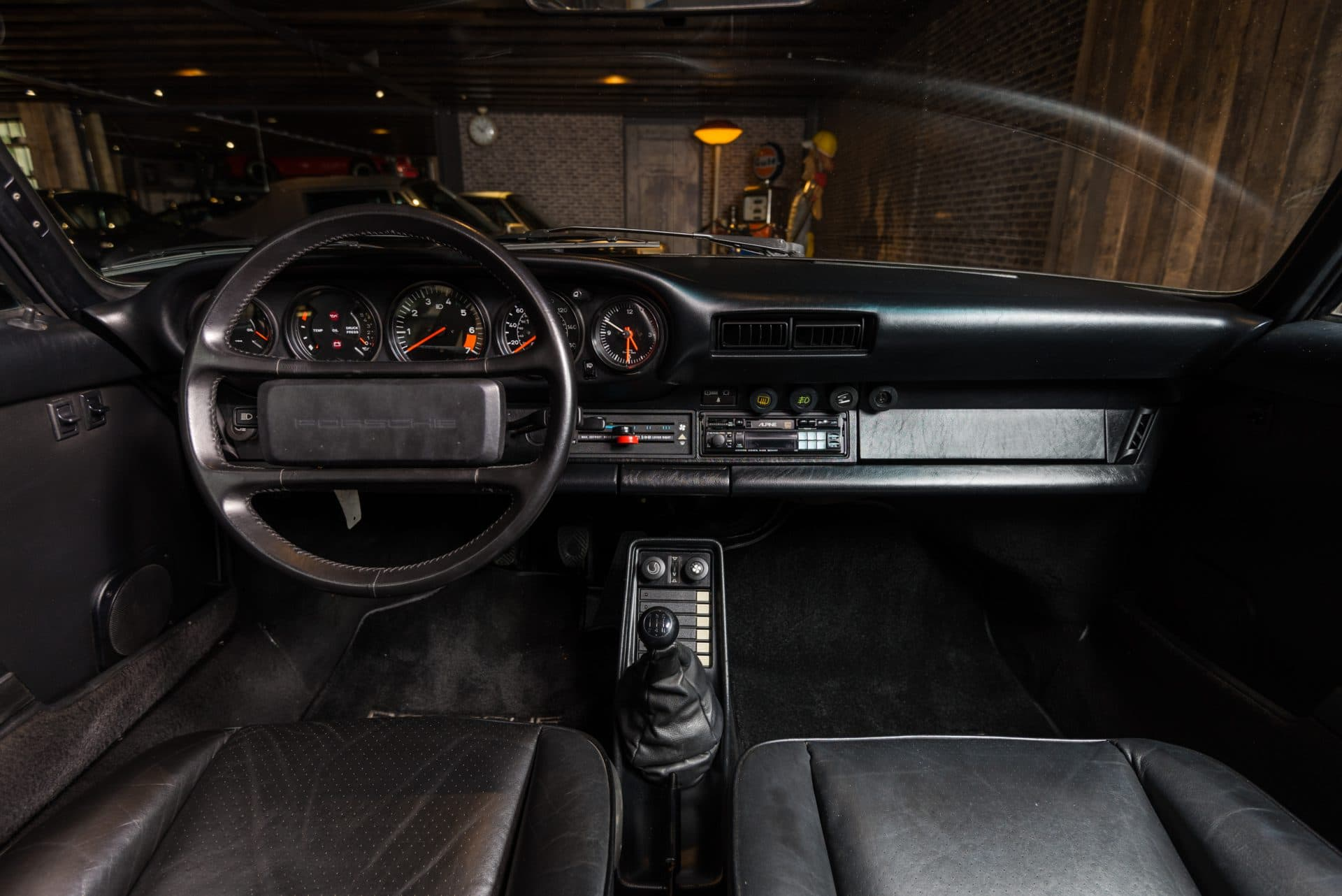911 Carrera 3.2 -8