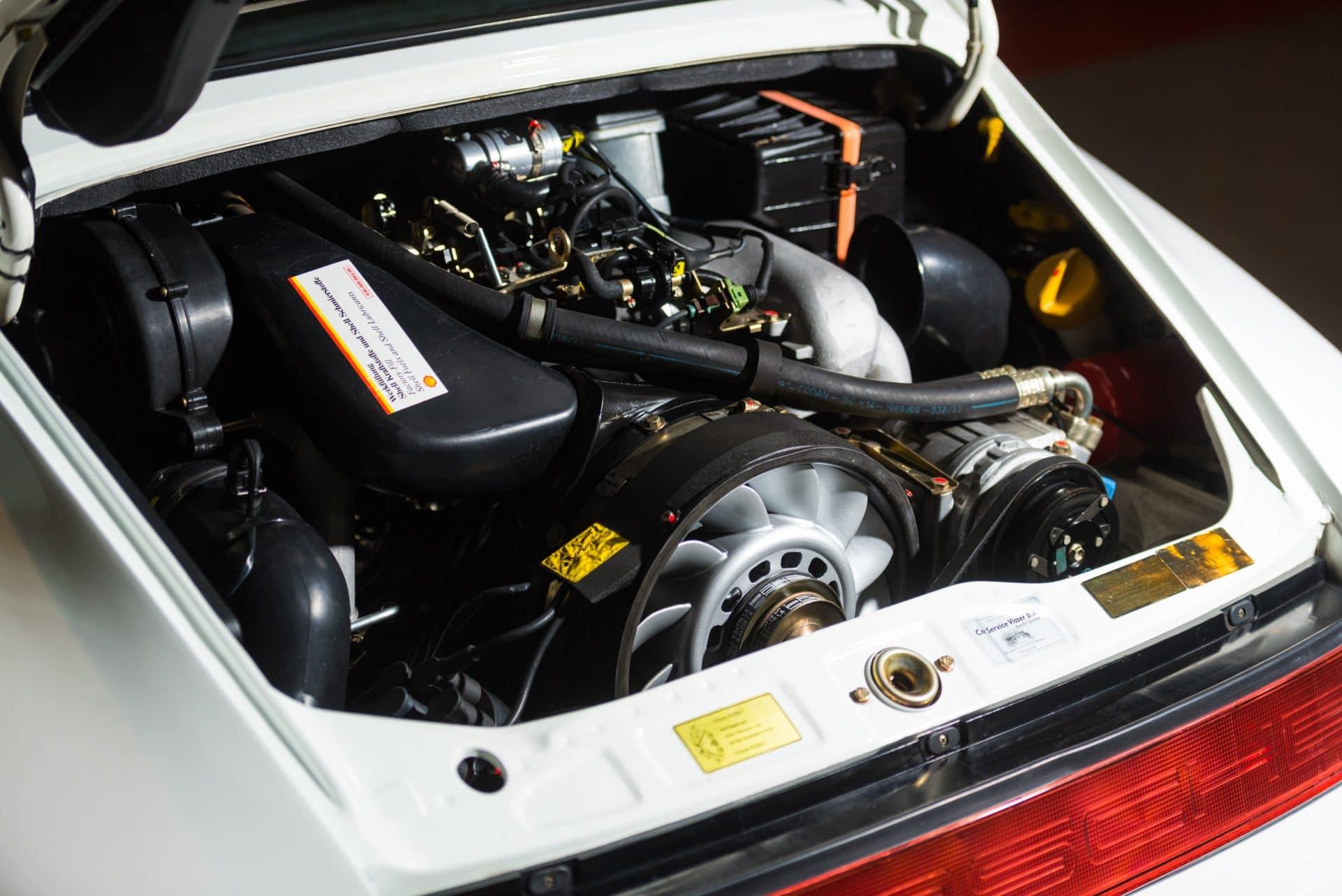 Porsche 964 Carrera 2 Wit -3