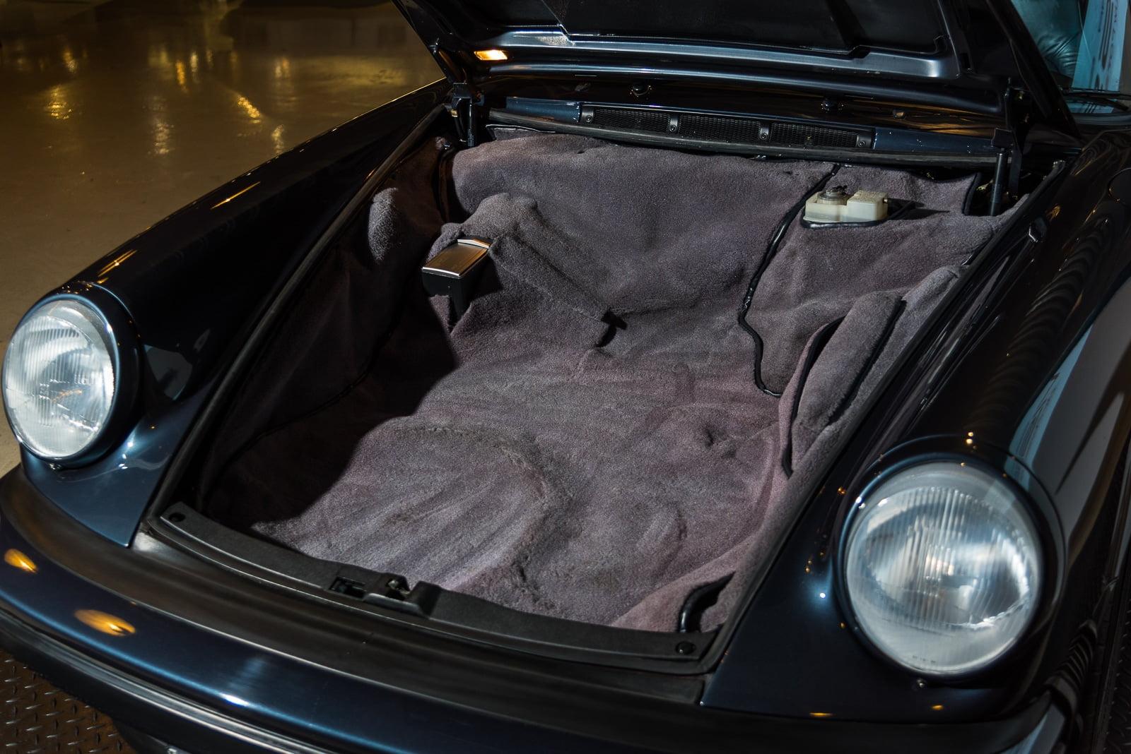 Porsche Carrera 3.2 - Blauw - 14
