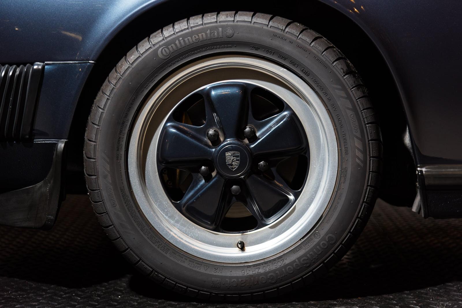 Porsche Carrera 3.2 - Blauw - 4