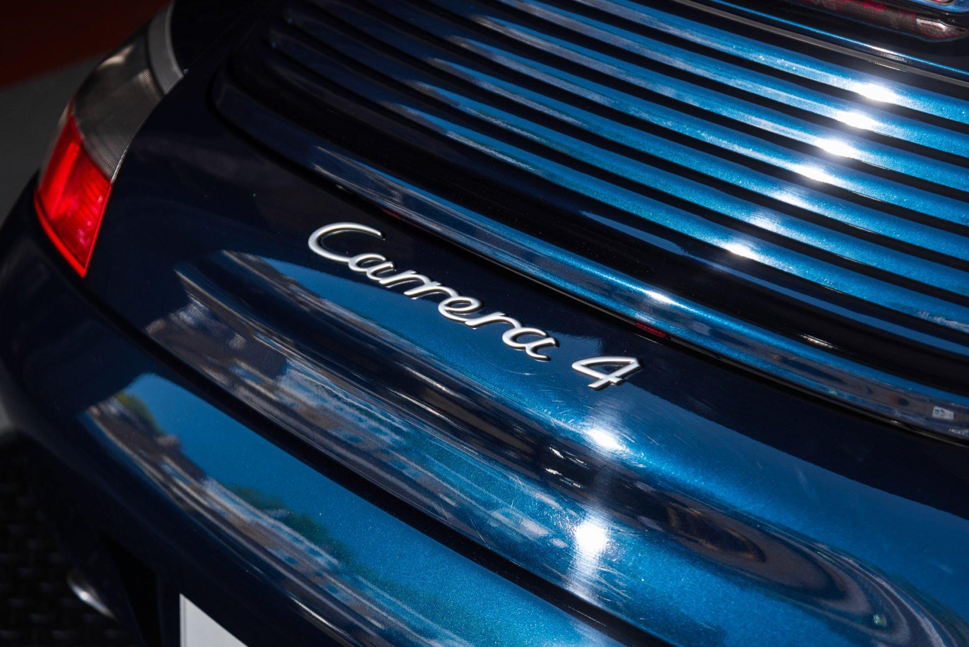 Porsche 996 Carrera 4 Cabrio -4