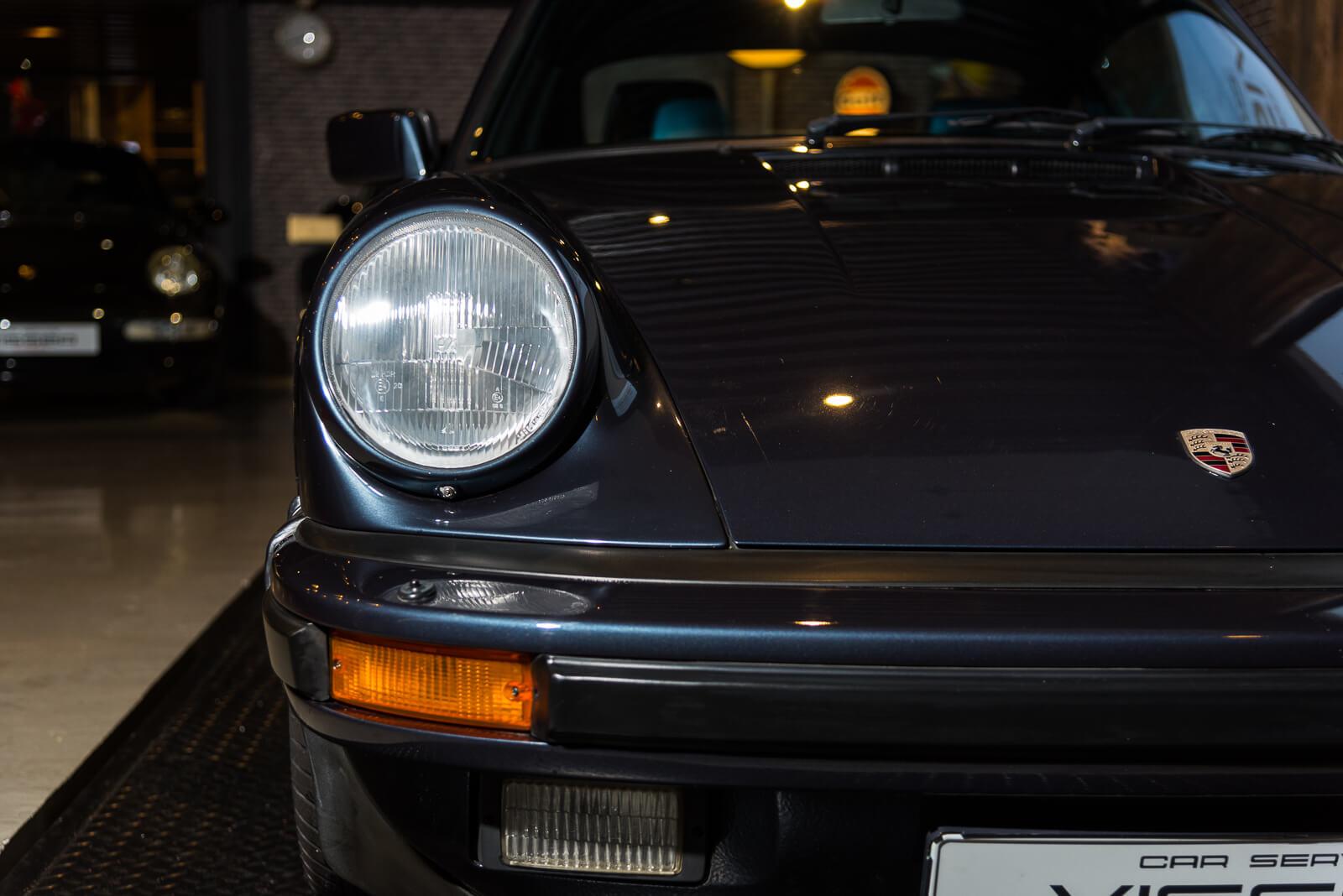 Porsche Carrera 3.2 - Blauw - 15