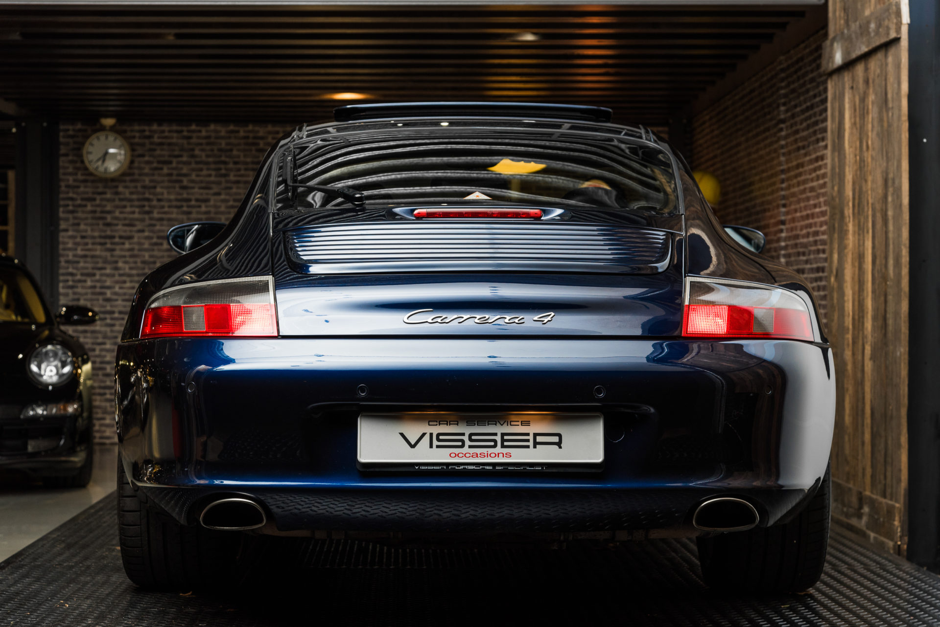 Porsche 996 Carrera 4 - 1