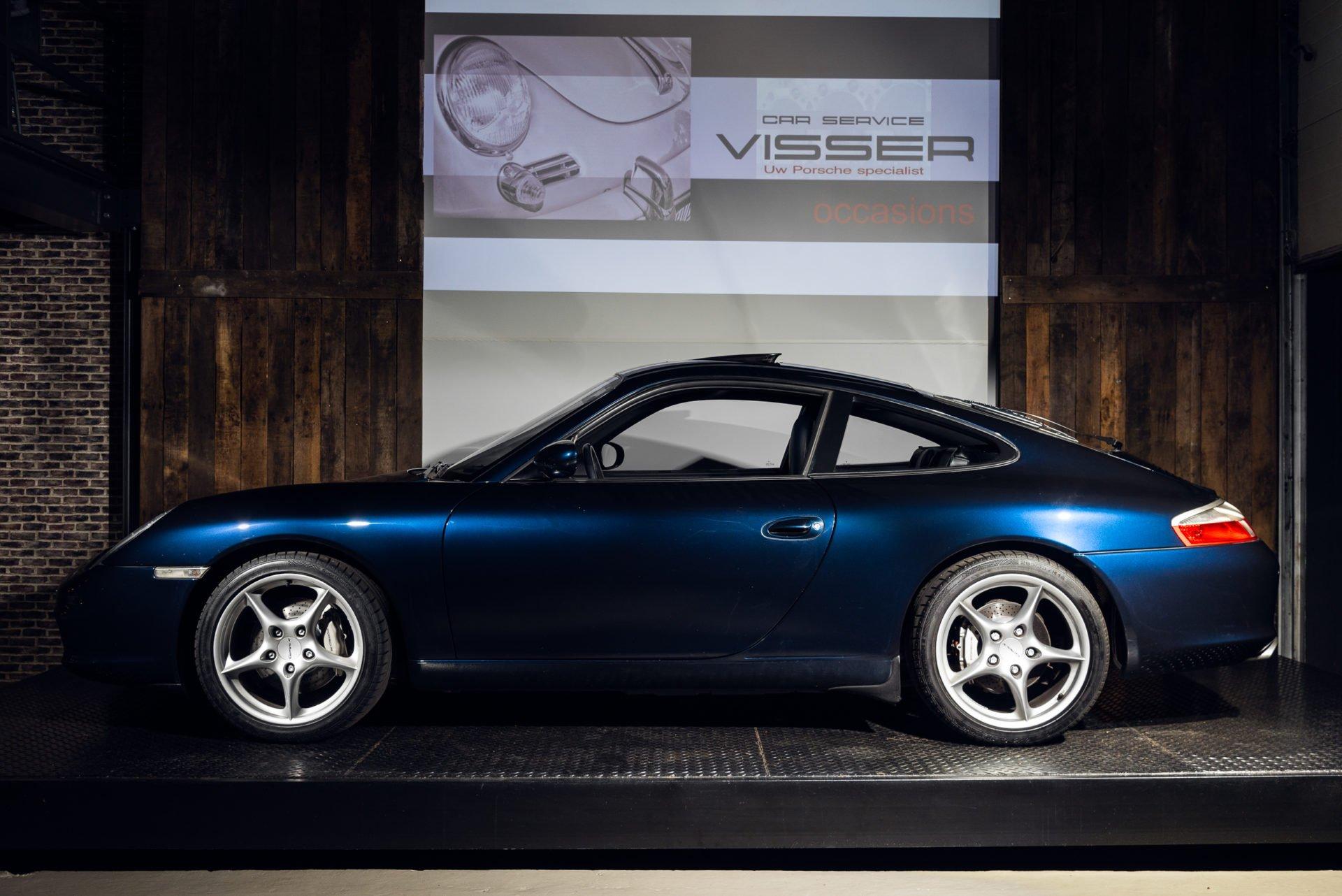 Porsche 996 Carrera 4 - 31