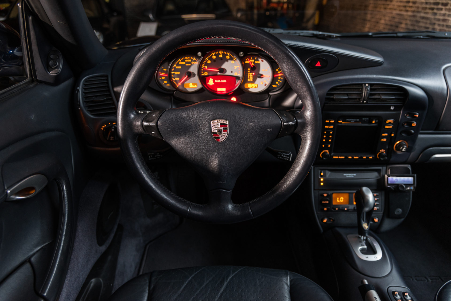Porsche 996 Carrera 4 - 8