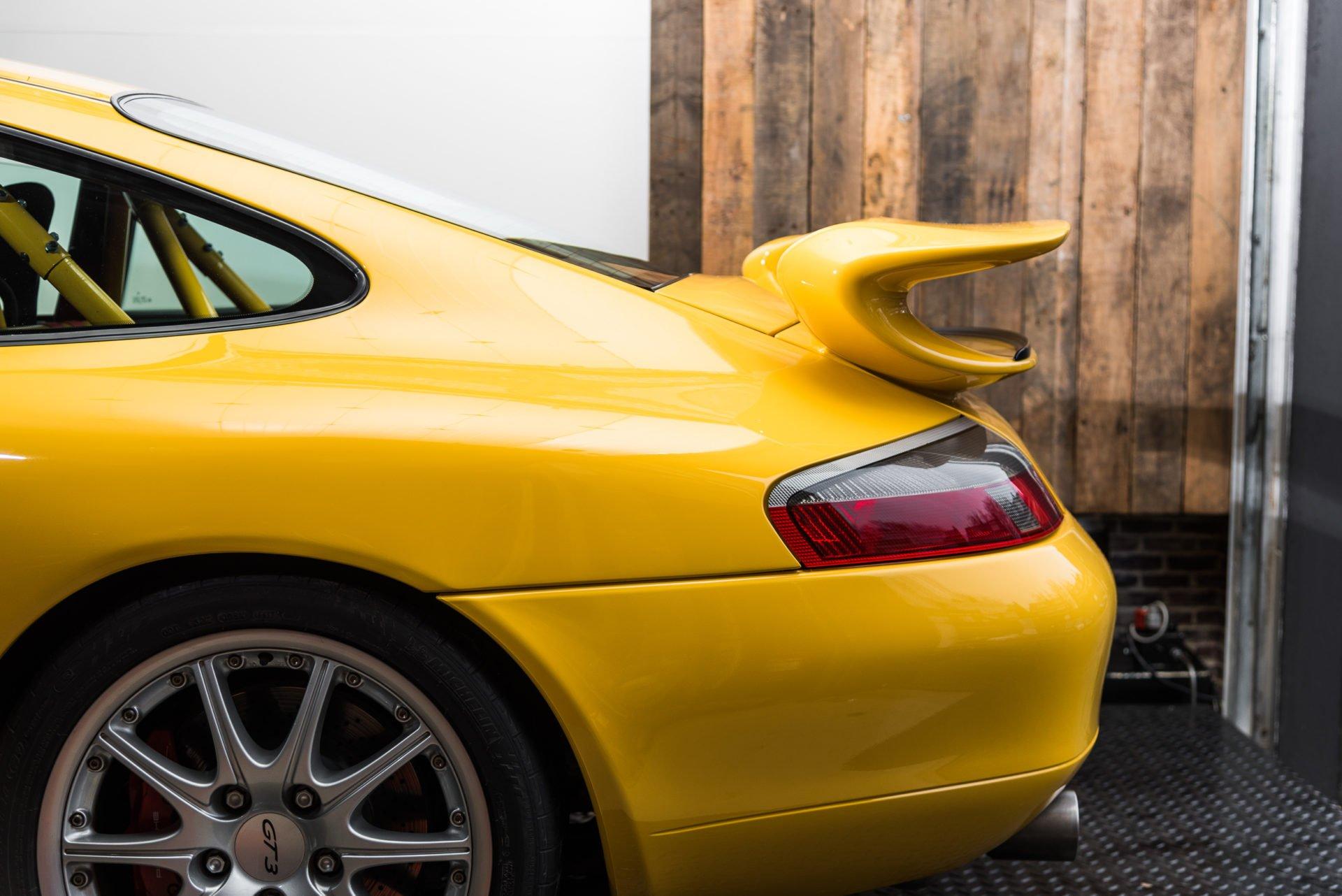 Porsche GT3 Clubsport - 1