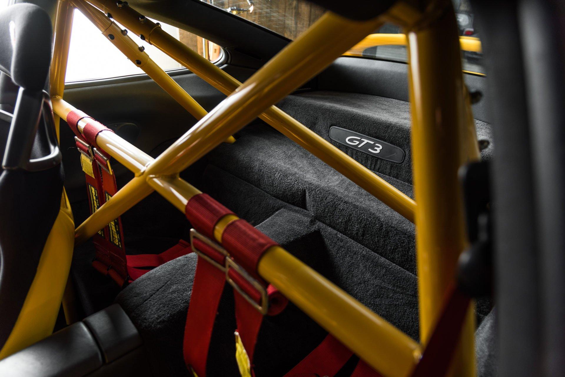 Porsche GT3 Clubsport - 17