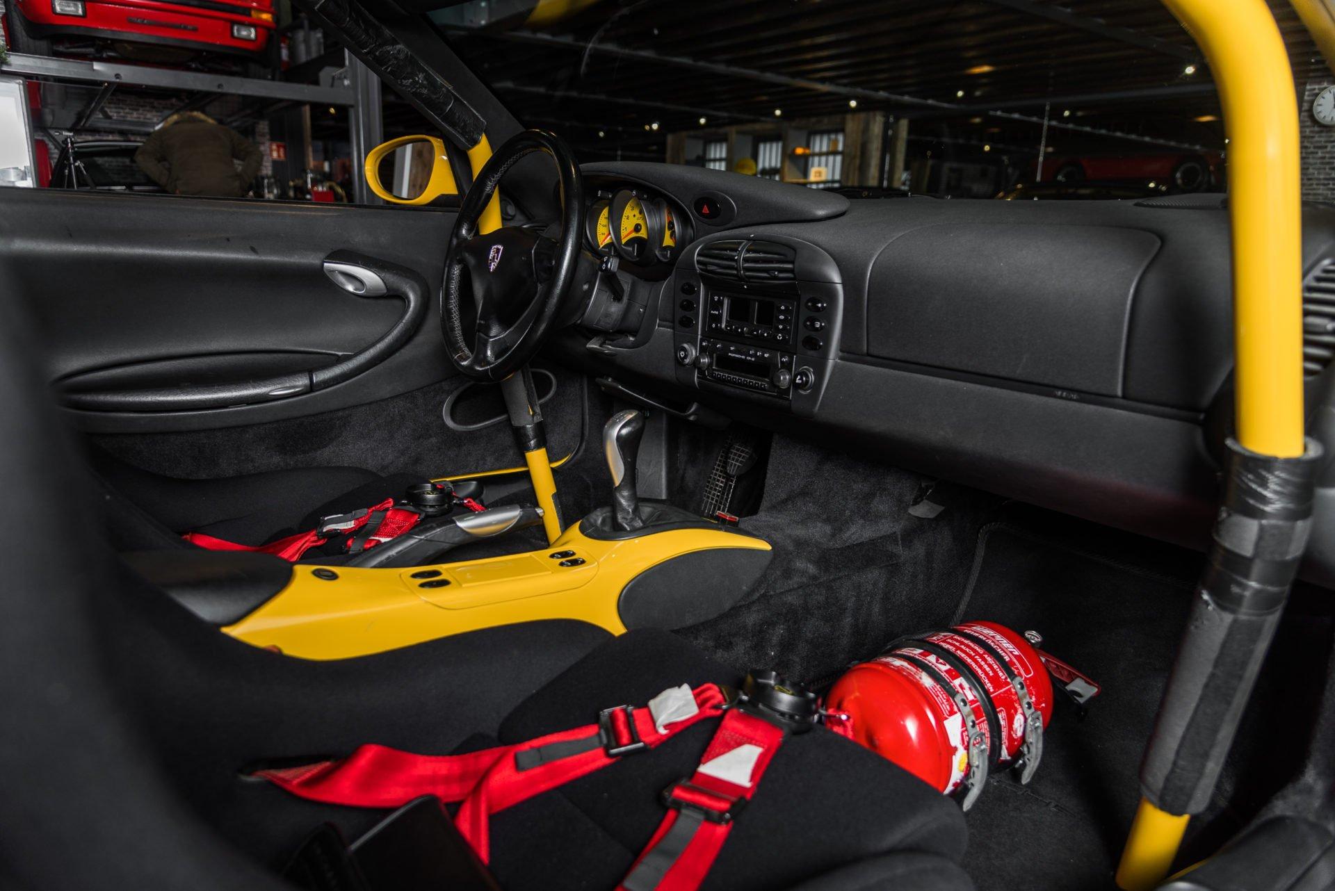 Porsche GT3 Clubsport - 18