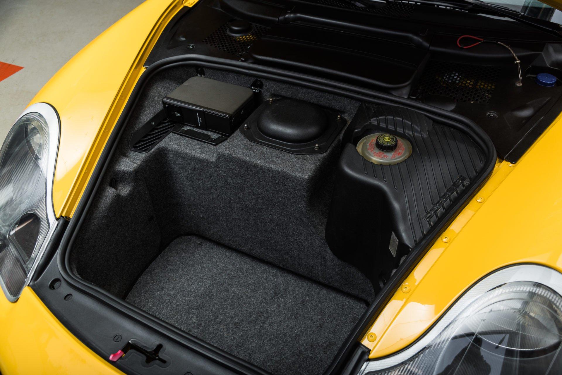 Porsche GT3 Clubsport - 25