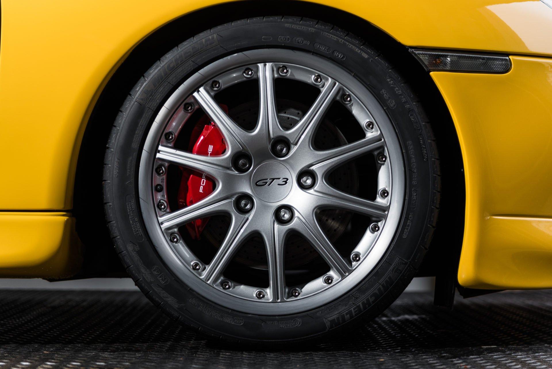 Porsche GT3 Clubsport - 31