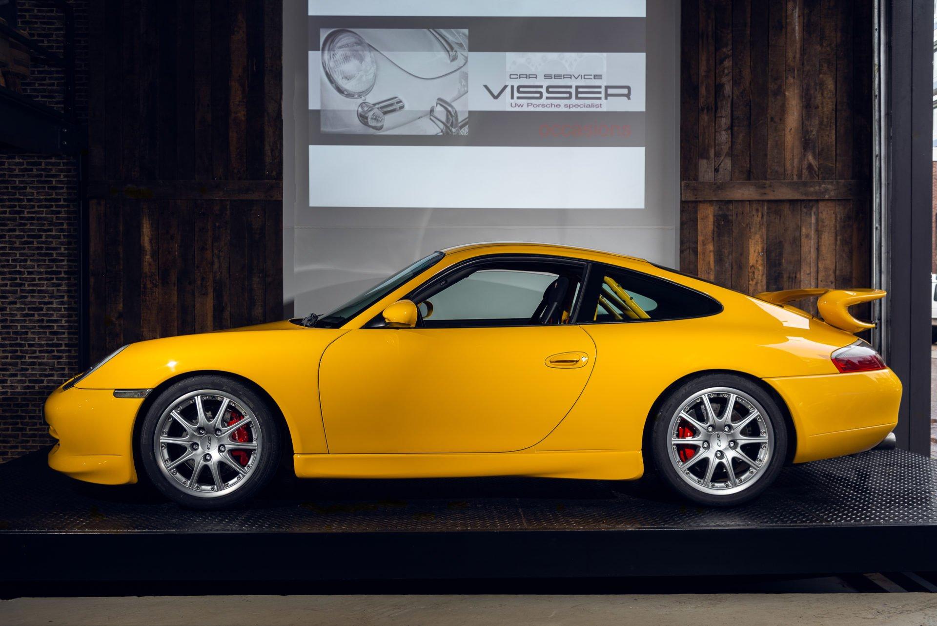 Porsche GT3 Clubsport - 33