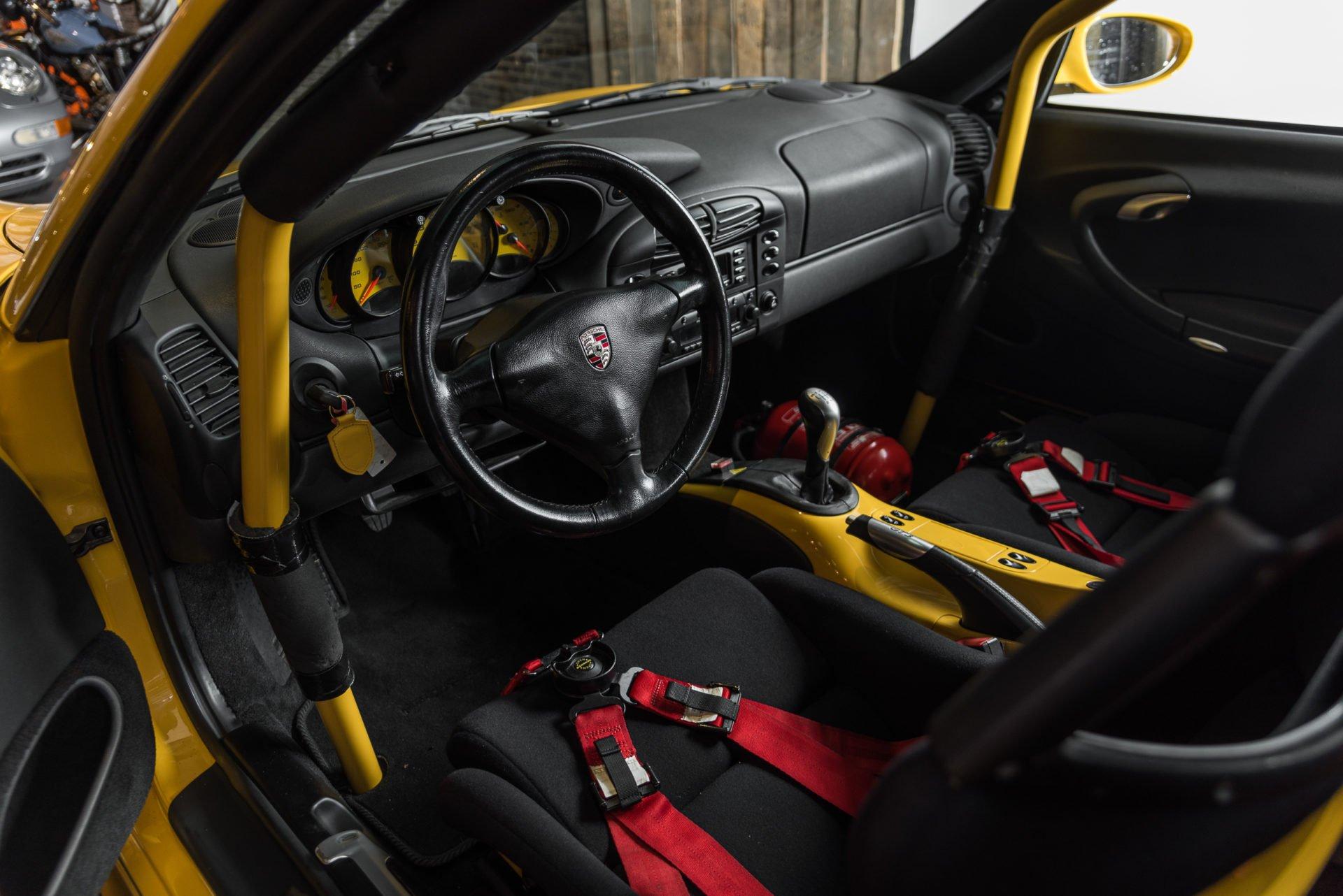 Porsche GT3 Clubsport - 7