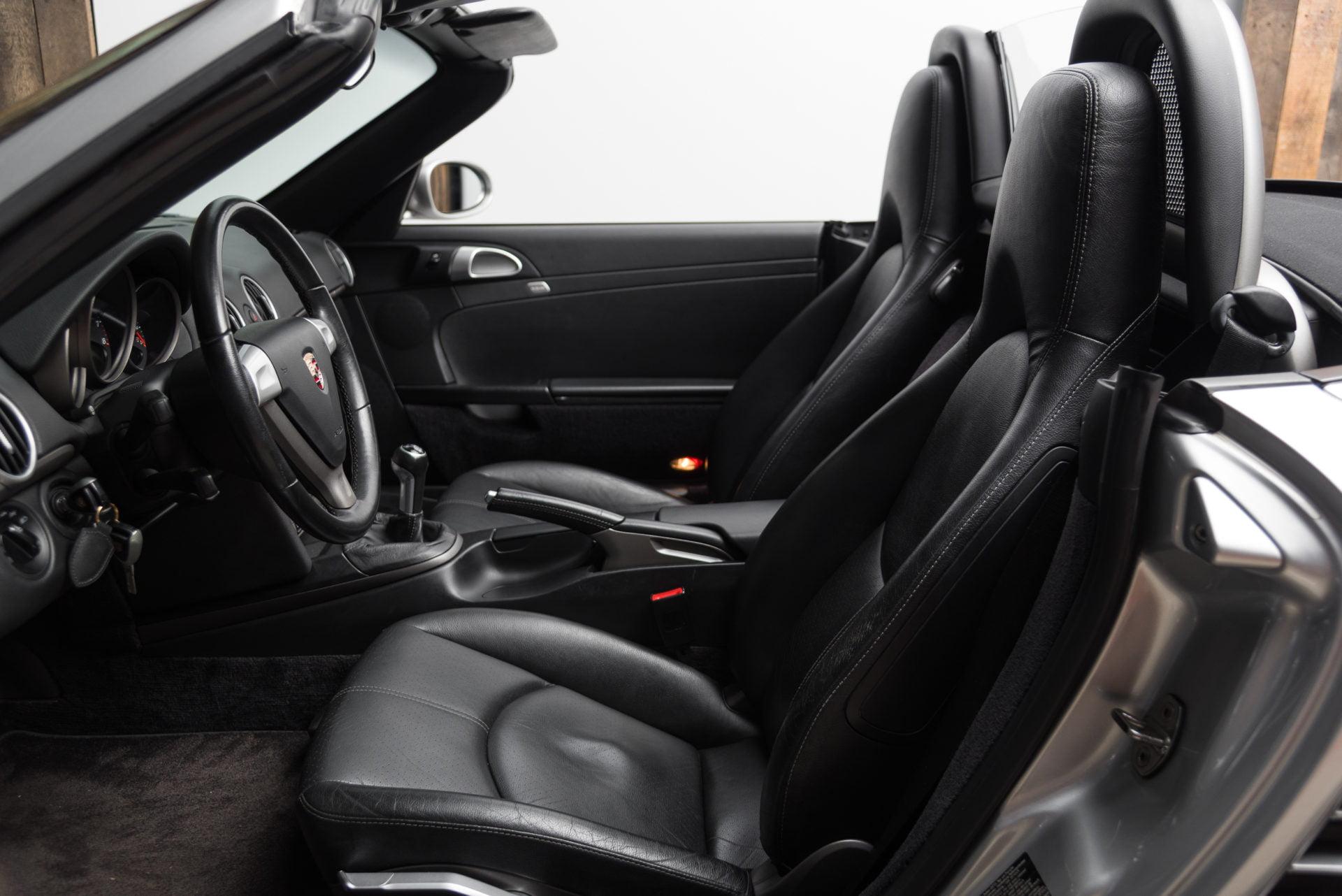 Porsche Boxster Zilver - 18