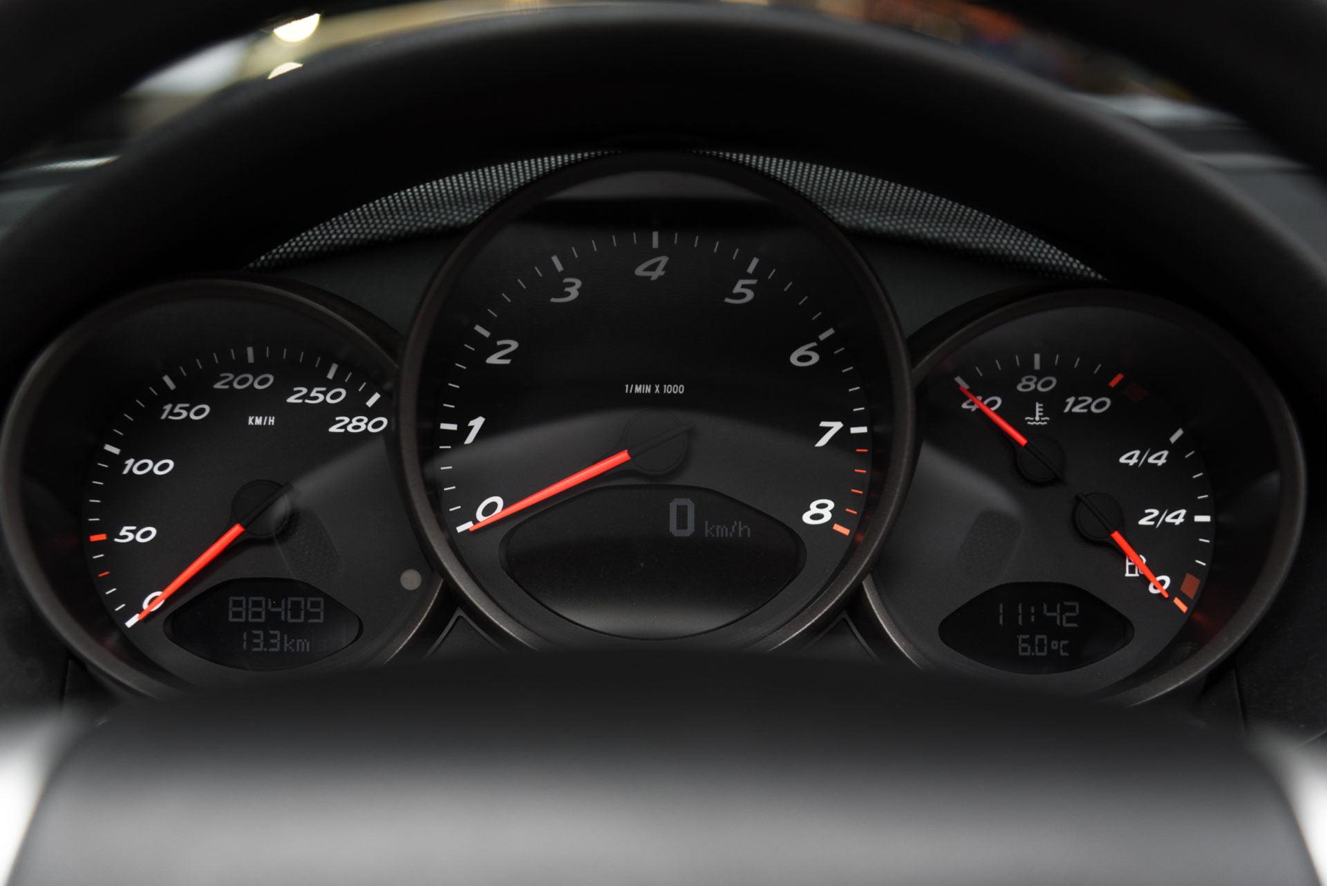 Porsche Boxster Zilver - 22