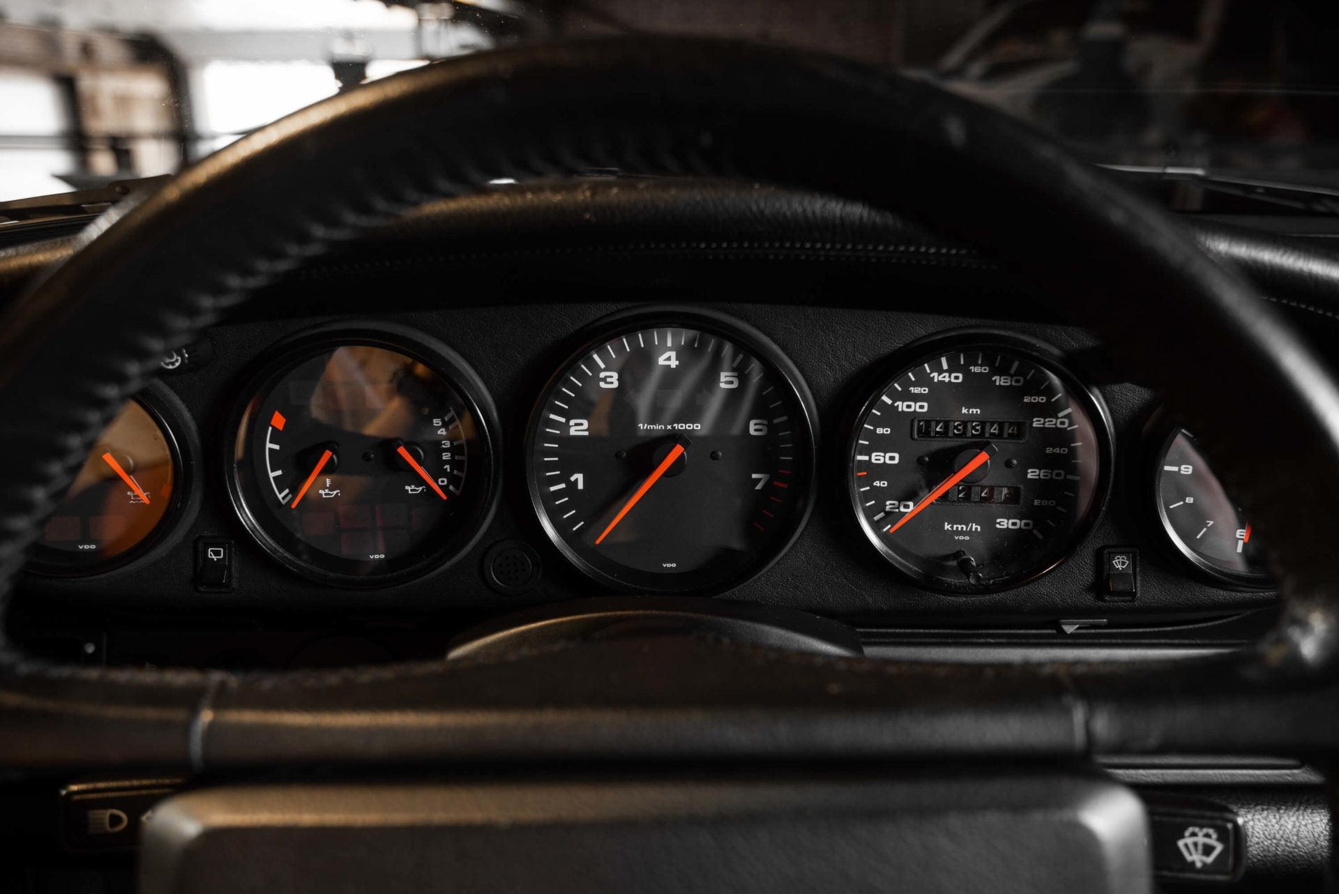 964 ZILVER INTERIEUR -4