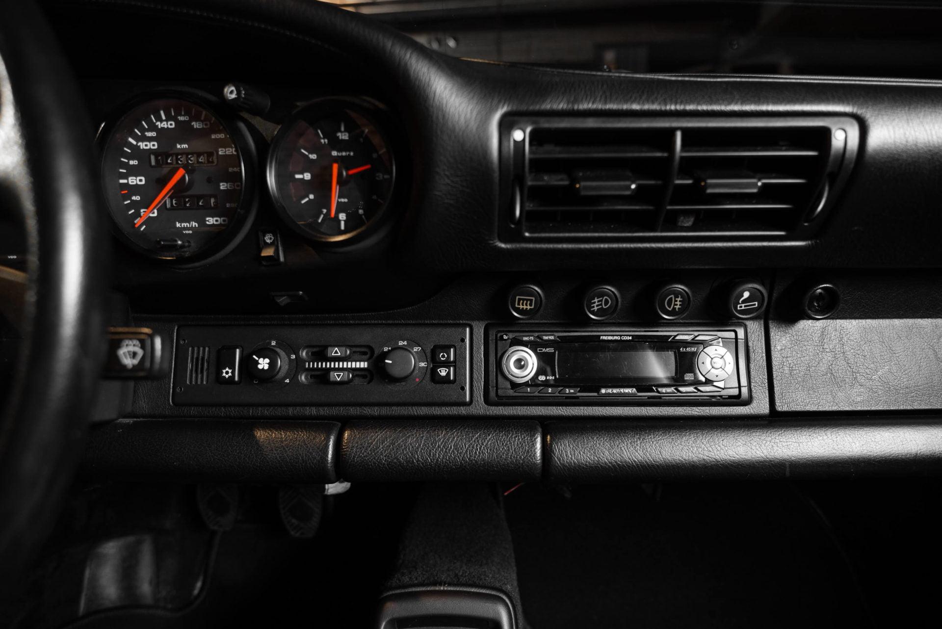 964 ZILVER INTERIEUR -6