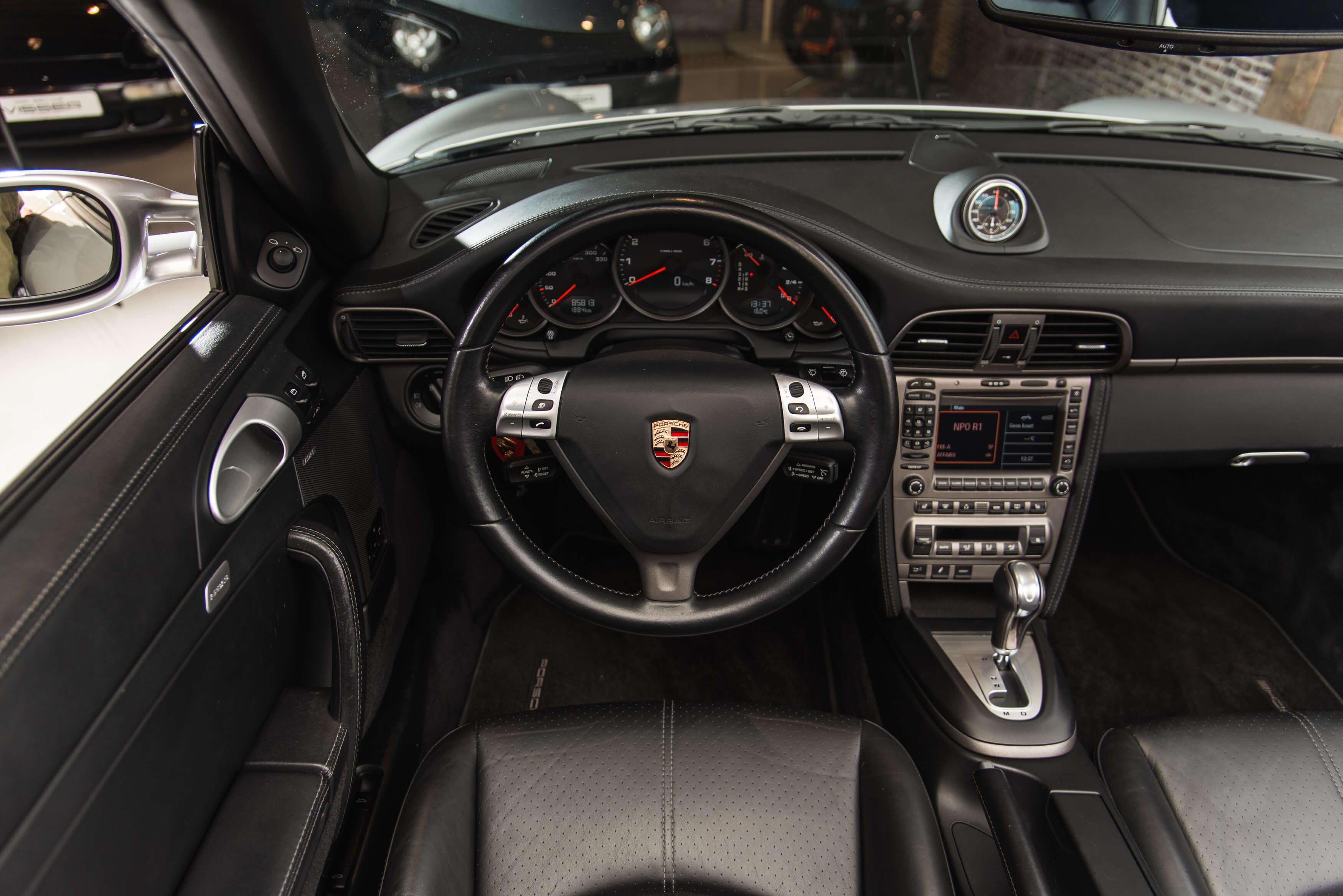 Porsche 997 Carrera 2 automaat Car Service Visser gespecialiseerd in Porsche - 17