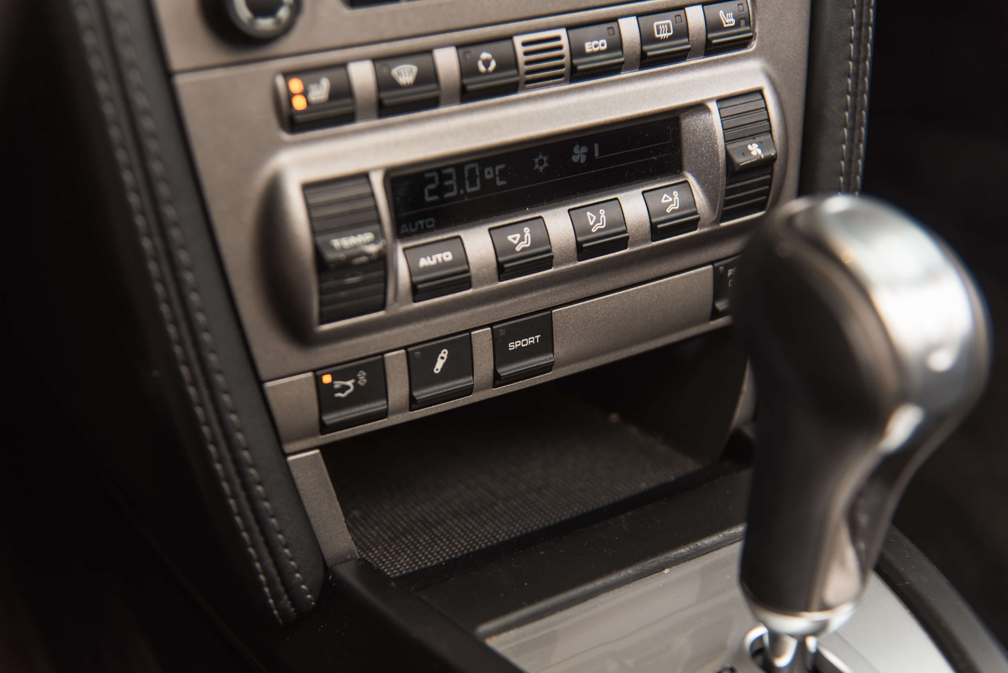 Porsche 997 Carrera 2 automaat Car Service Visser gespecialiseerd in Porsche - 22