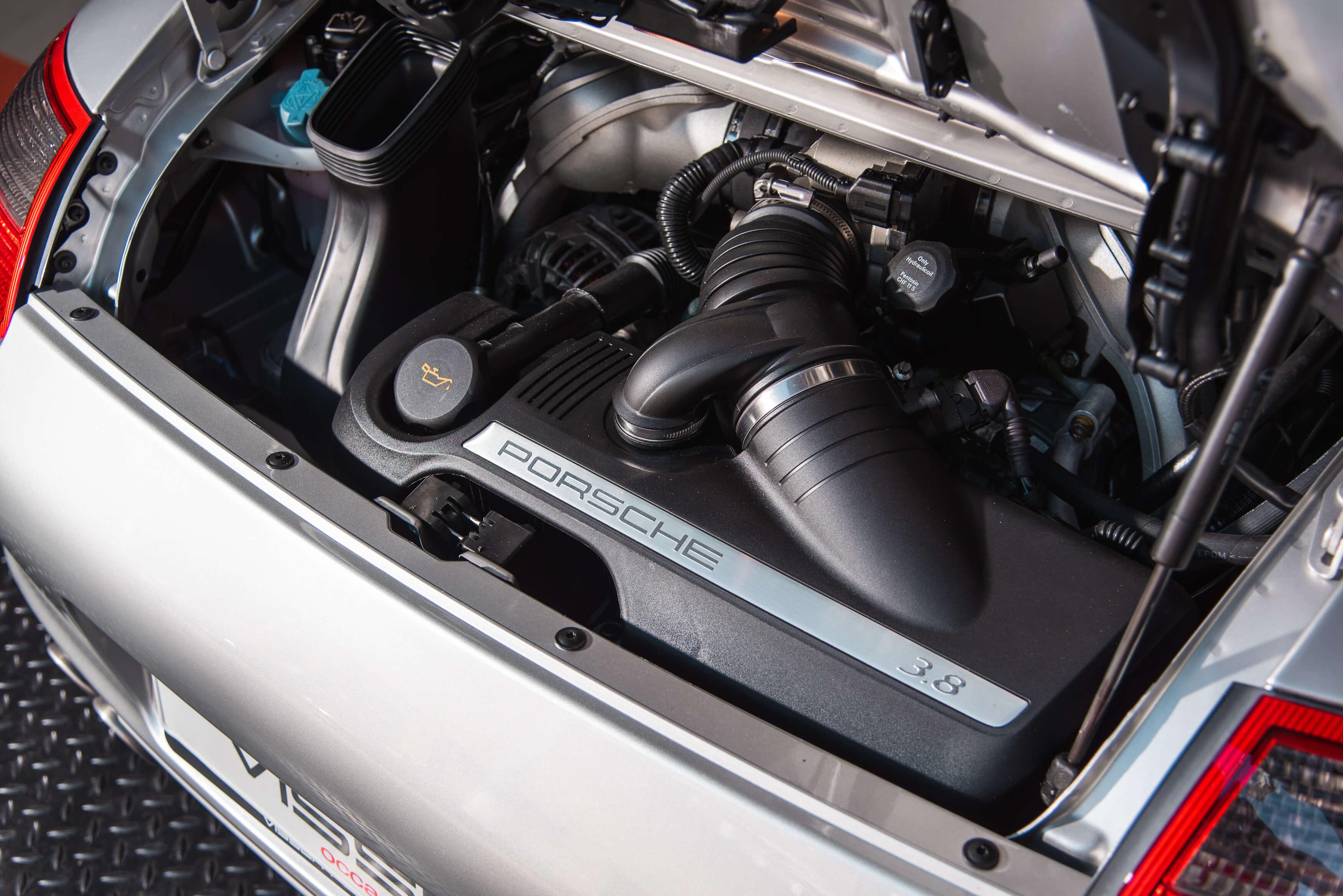 Porsche 997 Carrera S handgeschakeld Car Service Visser gespecialiseerd in Porsche - 15