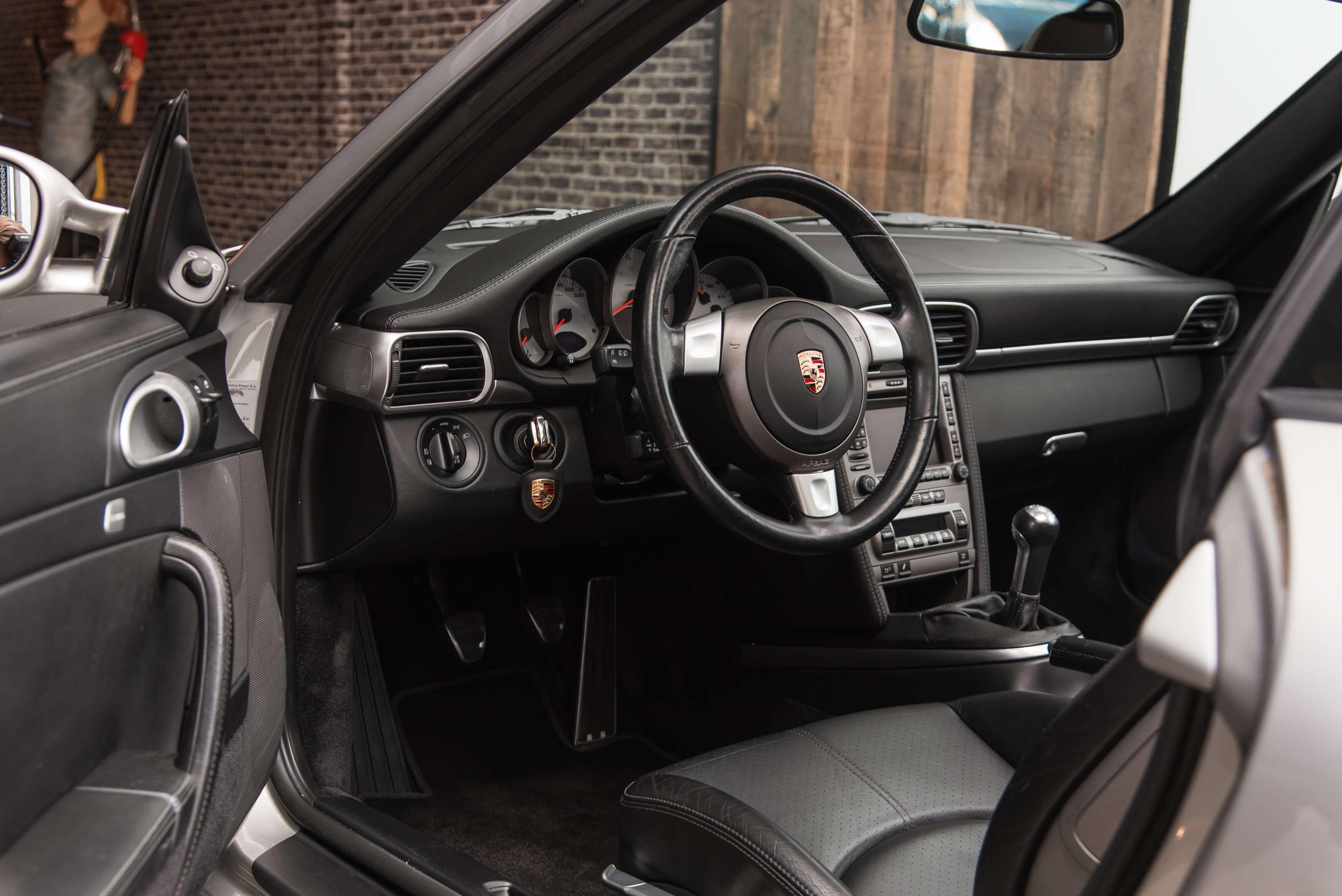 Porsche 997 Carrera S handgeschakeld Car Service Visser gespecialiseerd in Porsche - 20
