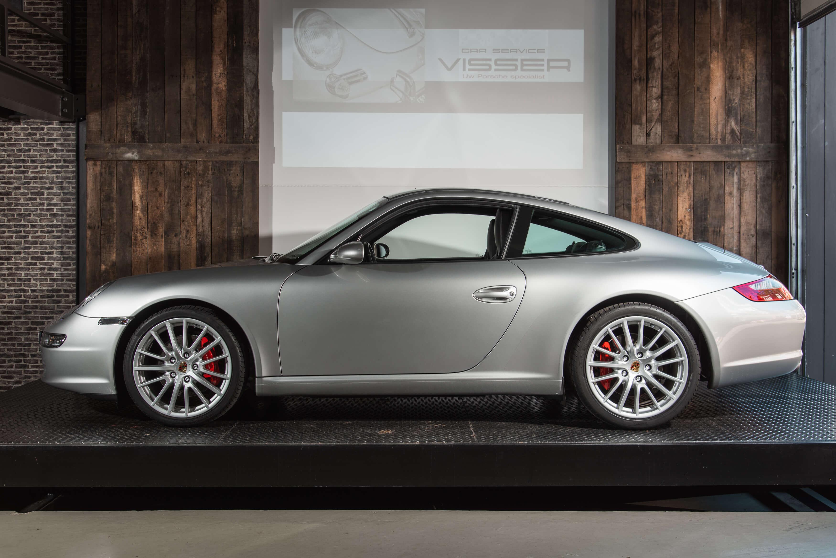 Porsche 997 Carrera S handgeschakeld Car Service Visser gespecialiseerd in Porsche - 4