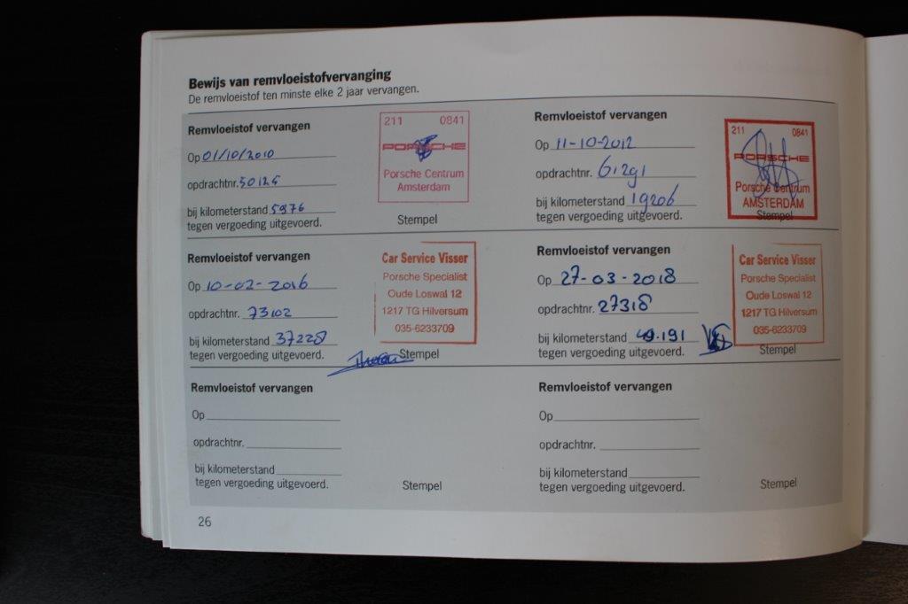997 CARRERA 4S ARTIKSILBER CAR SERVICE VISSER GESPECIALISEERD IN PORSCHE