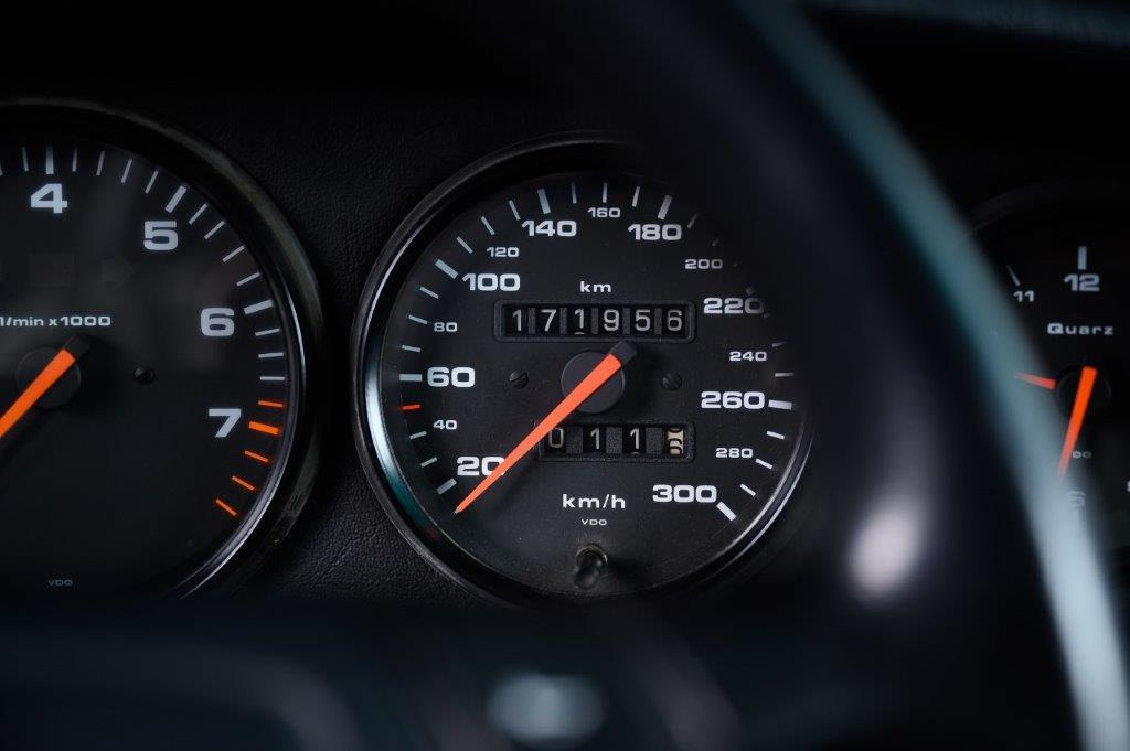 PORSCHE 964 Carrera 2 Cabriolet Nachtblau-met Car Service Visser Gespecialiseerd in Porsche