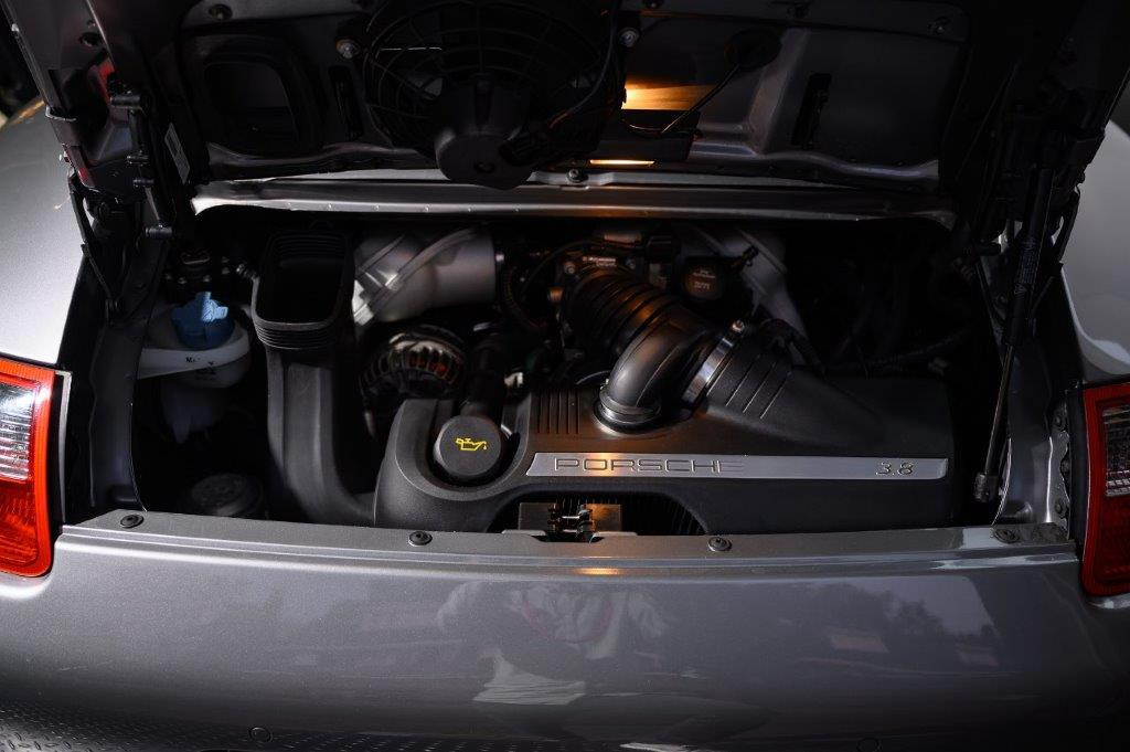 PORSCHE 997 S Carrera 2 Coupe Sealgrau-met Car Service Visser Gespecialiseerd in Porsche